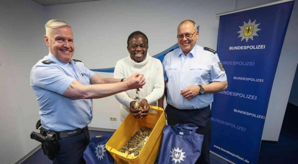 Машинист украл у пассажира €6 000, предназначенные на операцию по удалению опухоли