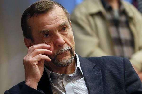 Лев Пономарёв назвал постыдными слова Мизулиной о лишних правах граждан