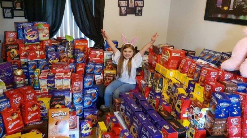 Школьница из Белфаста пожертвовала больным детям больше 1000 шоколадных яиц, чтобы пасхальный кролик пришел и к ним