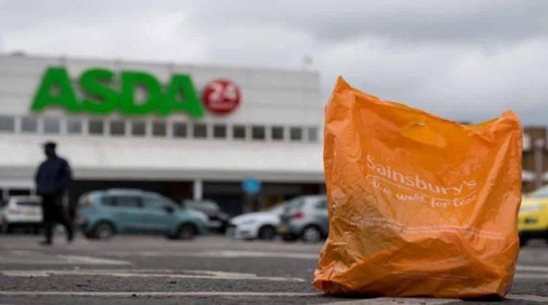 Регулятор заблокировал слияние Sainsbury's и Asda