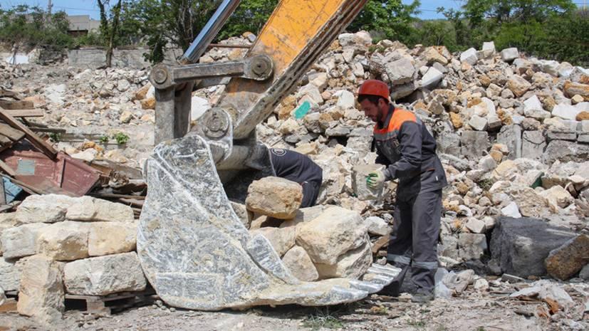 Севастопольскому музею передали более 20 тонн крымбальского камня с мыса Хрустальный