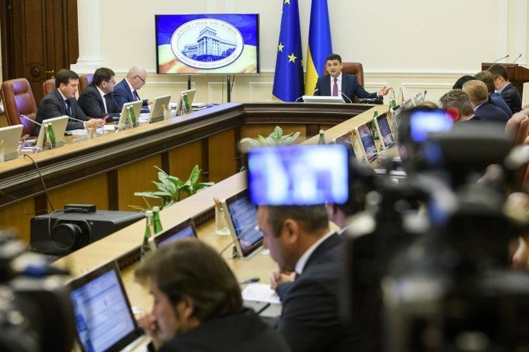 Донецк с Луганском прибежит вместе с Краснодарским краем и с Ростовской областью к нам — экс-замминистра Украины