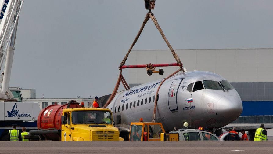 «Аэрофлот» прокомментировал информацию об ошибках пилотов SSJ 100