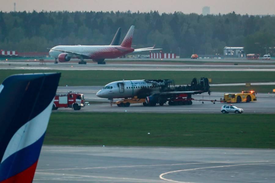 МАК завершил расшифровку данных черных ящиков самолета SSJ100