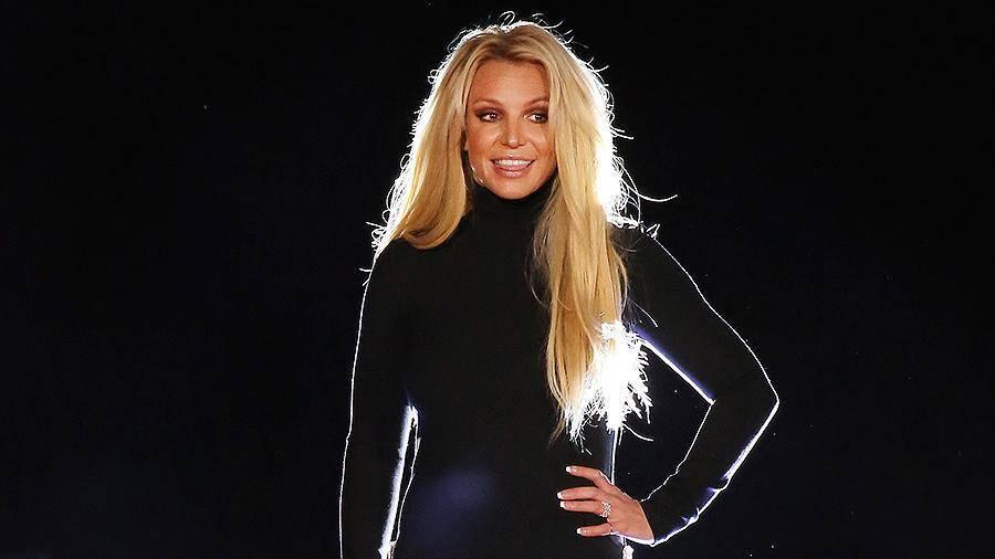 Бритни Спирс опровергла слухи о завершении карьеры: фото и иллюстрации
