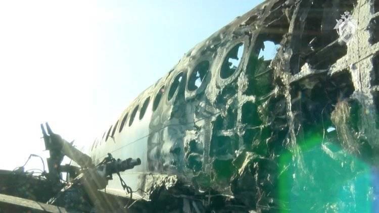 Завершен анализ записей с черных ящиков потерпевшего крушение самолета SSJ-100: фото и иллюстрации