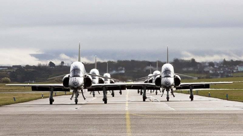 ЧитателиDaily Mail возмущены перехватом российских самолетов над Балтикой