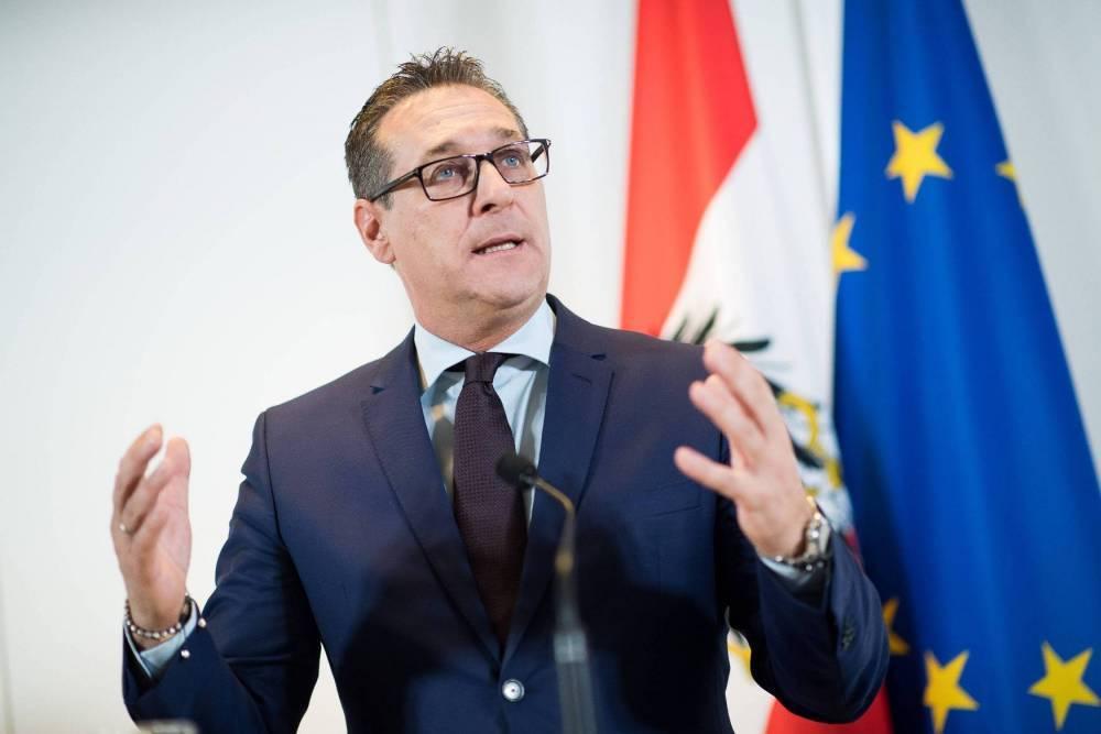 Вице-канцлер Австрии Штрахе ушел в отставку из-за подозрения в сговоре с «племянницей российского олигарха»