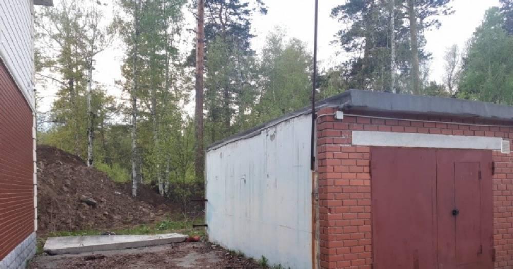 Лайф публикует список погибших и кадры с места ДТП в Курской области.
