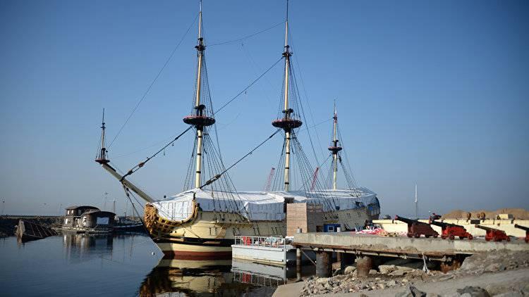 <p>Как в современной России строят старинные деревянные корабли</p>