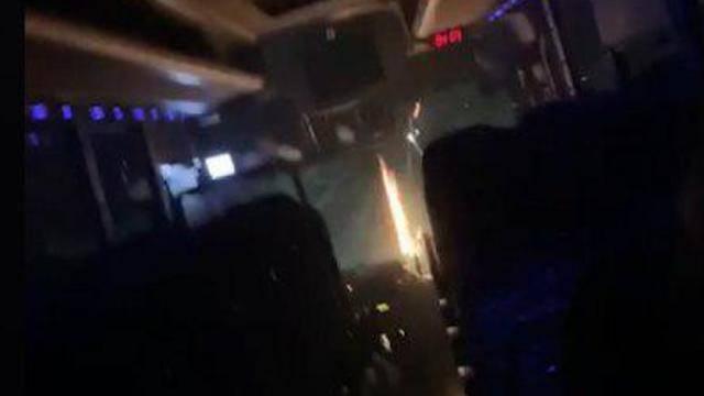 Видео: террористы забросали автобус с девочками горящими бутылками в Гуш-Эционе