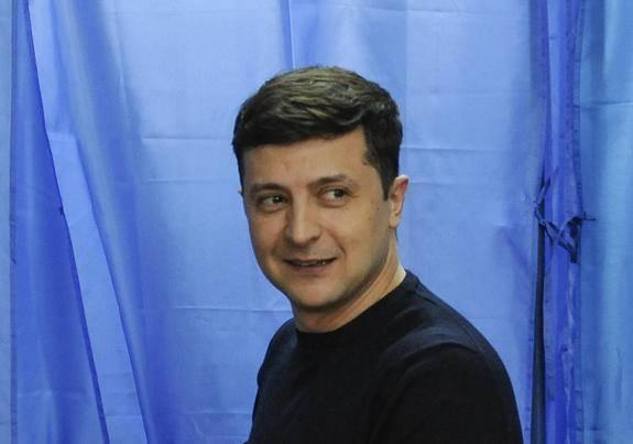 Зеленский попросил журналистов обращаться к нему по имени