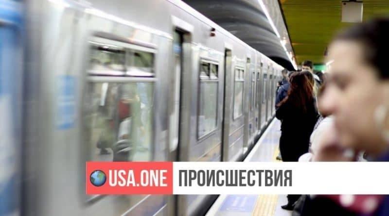 Пассажирка нью-йоркского метро обвинила мужчину в мастурбации и пырнула его ножом