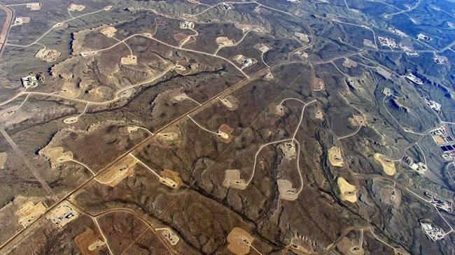 Производителей сланцевой нефти США накрыла волна банкротств