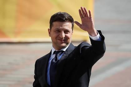 Зеленский устроит референдум опереговорах сРоссией