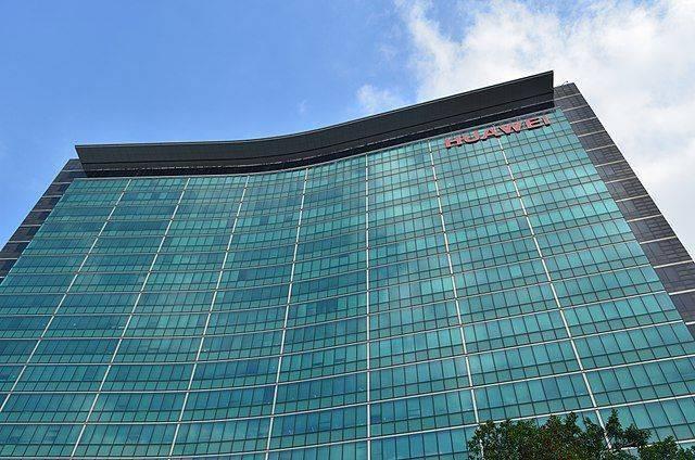 Panasonic останавливает сотрудничество с Huawei
