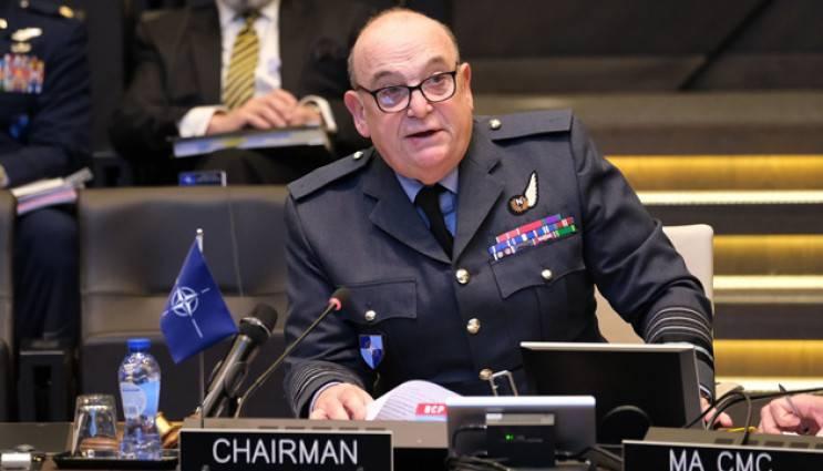 Глава Военного комитета НАТО требует, чтобы Россия «освободила» Крым