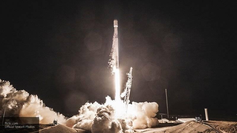 SpaceX запустила ракету Falcon 9 с 60 спутниками с третьего раза