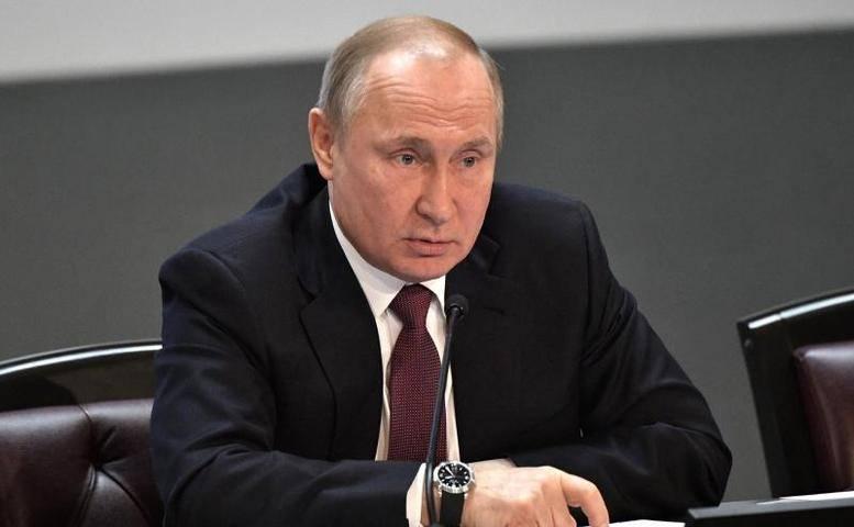 Кремль определил дату прямой линии с Путиным