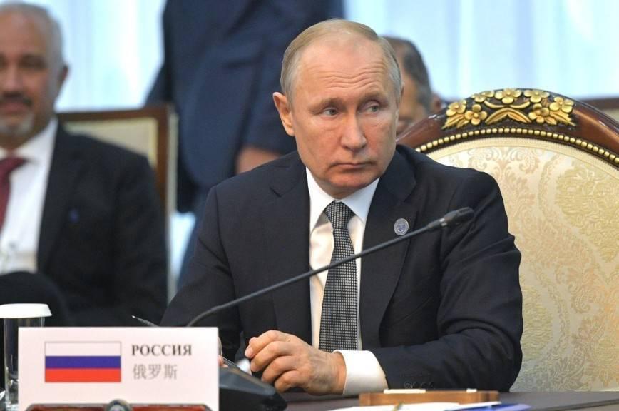 Путин провёл переговоры с президентом Таджикистана: фото и иллюстрации