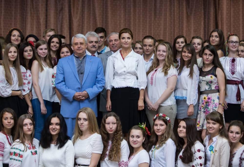 «Любий друг» семьи президента Украины: фото и иллюстрации