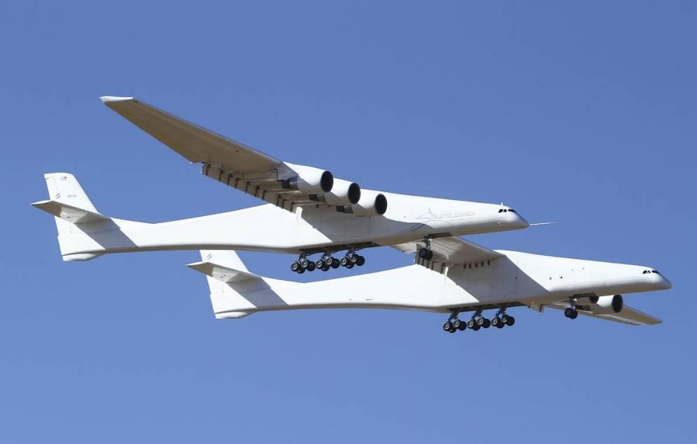 CNBC: экспериментальный самолет Stratolaunch продается за $400 млн: фото и иллюстрации