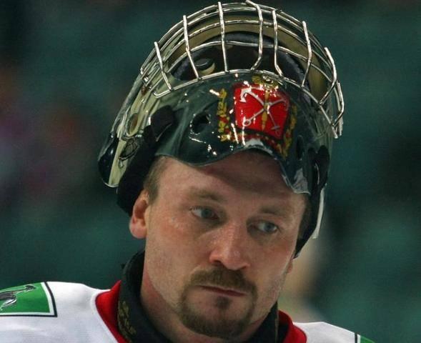 СМИ: Назван главный подозреваемый в убийстве супруги хоккеиста Соколова: фото и иллюстрации