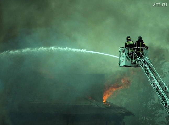 Сотрудники МЧС полностью ликвидировали открытое горение в Мытищах: фото и иллюстрации