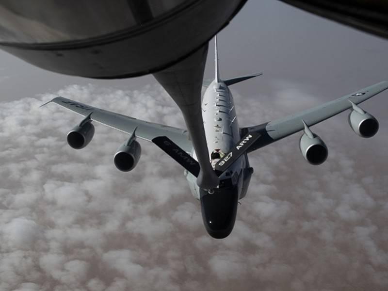 Британские самолёты-разведчики активизировались у границ России