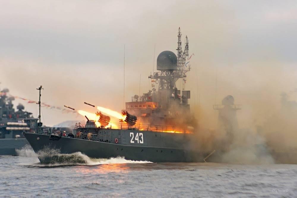 Сатановский прокомментировал протест НАТО и Украины - Россия не пропускает их военный флот в Керченский пролив