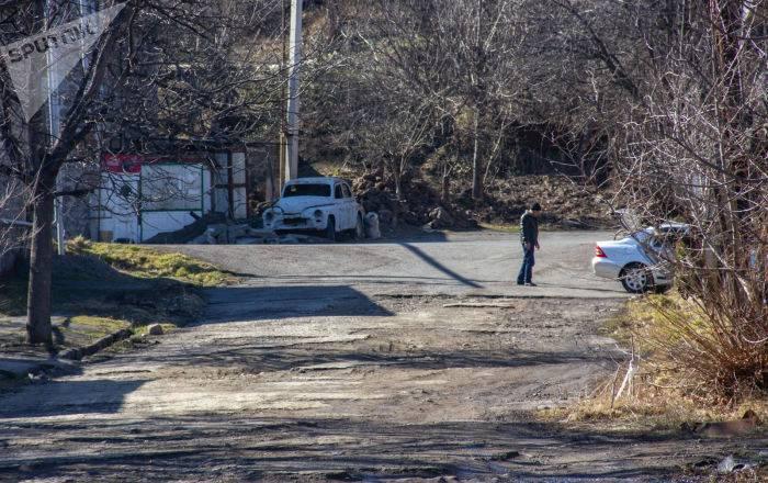 """Недалеко от Гориса произошла """"разборка"""" со стрельбой — есть раненые: фото и иллюстрации"""