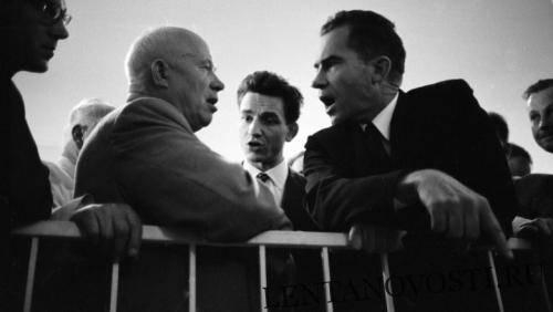 Хрущёв обещал показать американцам «кузькину мать» 60 лет назад: фото и иллюстрации