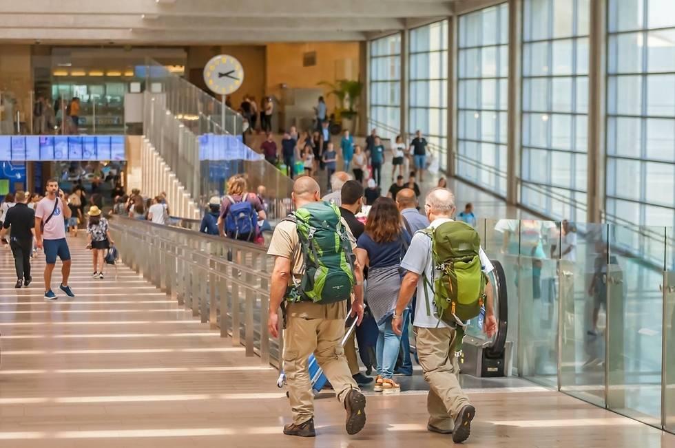 О чем не спрашивают туристов в Израиле: белые пятна статистического отчета: фото и иллюстрации