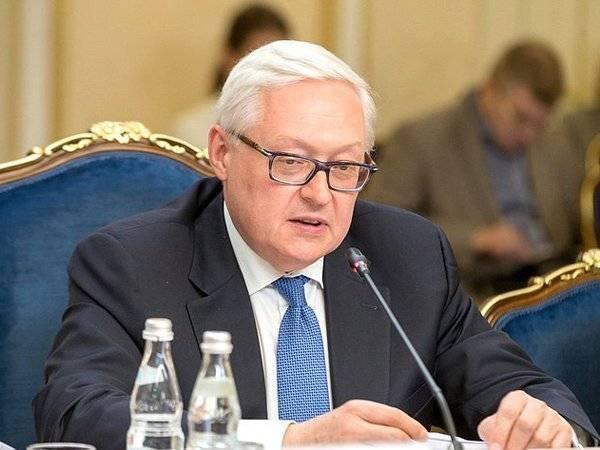 Россия и США договорились о продолжении переговоров по стратегической стабильности: фото и иллюстрации