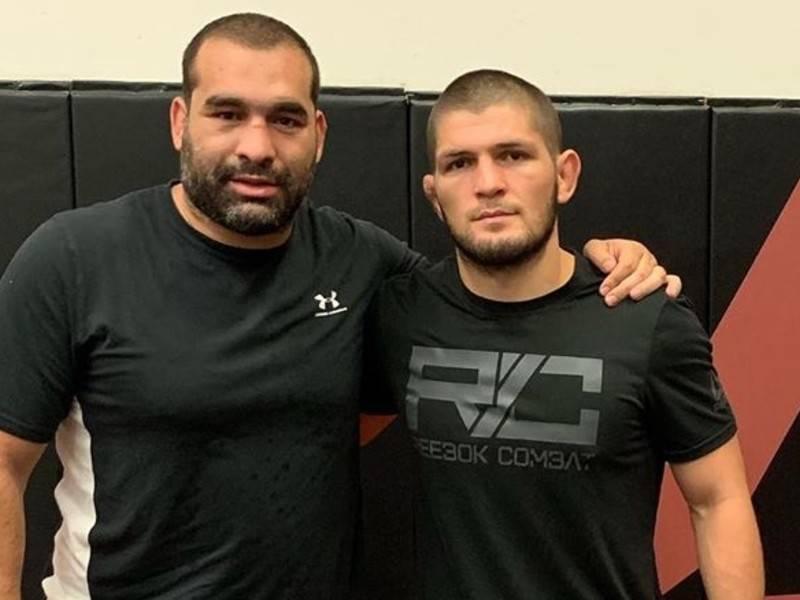 Нурмагомедов повалил чемпиона UFC в тяжёлом весе Даниэля Кормье