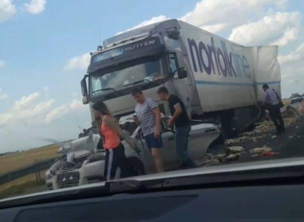 На трассе М6 в Рязанской области произошло массовое ДТП: фото и иллюстрации