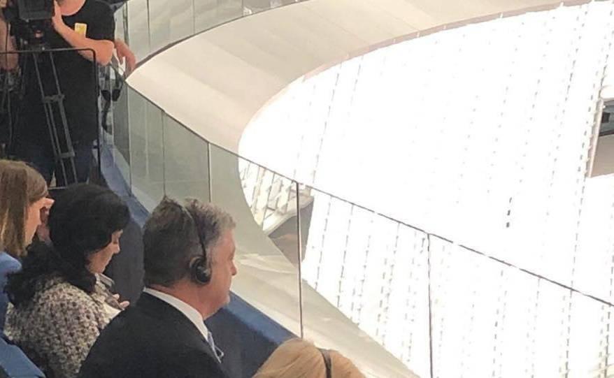 Порошенко пришлось довольствоваться местом на галерке в зале Европарламента — фото   Новороссия: фото и иллюстрации
