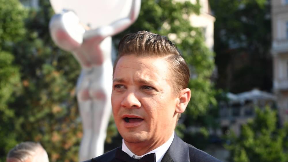 Forbes составил список лучше всего отрабатывающих свой гонорар актеров