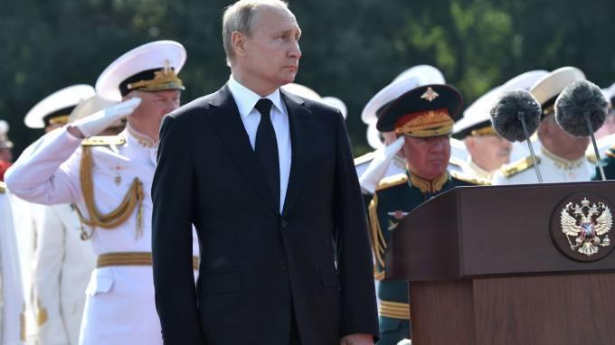 Путин поручил модернизировать аэродром Левашово до 2022 года: фото и иллюстрации