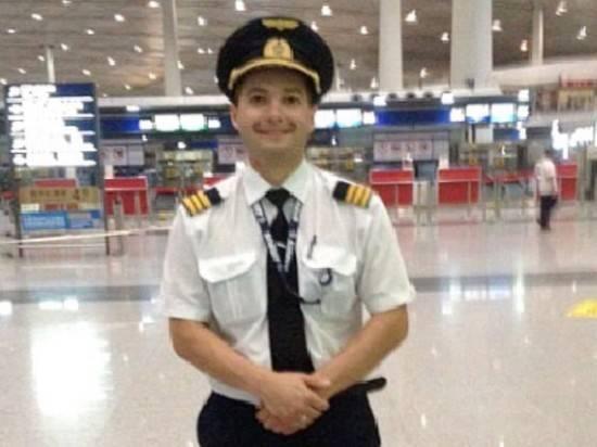 Жена командира A321 рассказала о посадке в поле: «Не удивилась»: фото и иллюстрации
