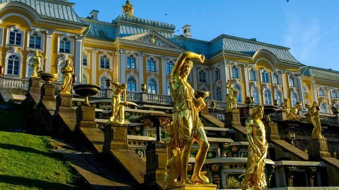 Осенний праздник фонтанов в Петергофе пройдет в честь Екатерины Великой: фото и иллюстрации