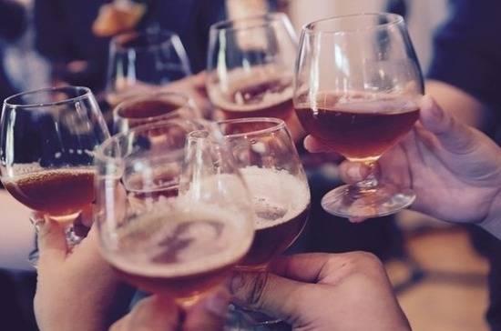 Минздрав предложил работодателям тестировать сотрудников на алкоголь: фото и иллюстрации