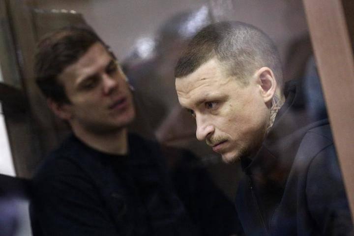 Суд назначил дату рассмотрения ходатайства об УДО Кокорина и Мамаева: фото и иллюстрации