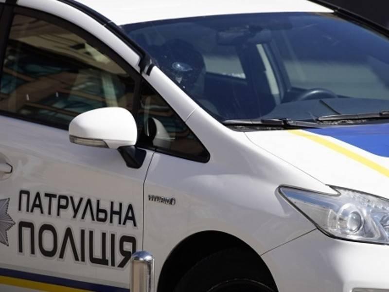 Автомобиль бизнесмена из окружения Януковича въехал в толпу людей в Киеве: фото и иллюстрации