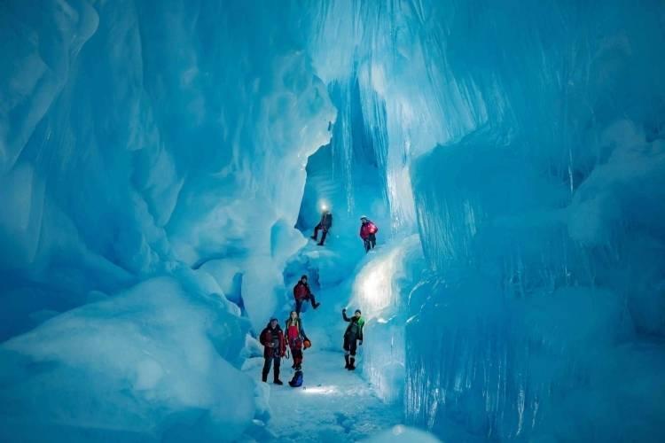 «Затерянную» пещеру обнаружили в Антарктиде: фото и иллюстрации