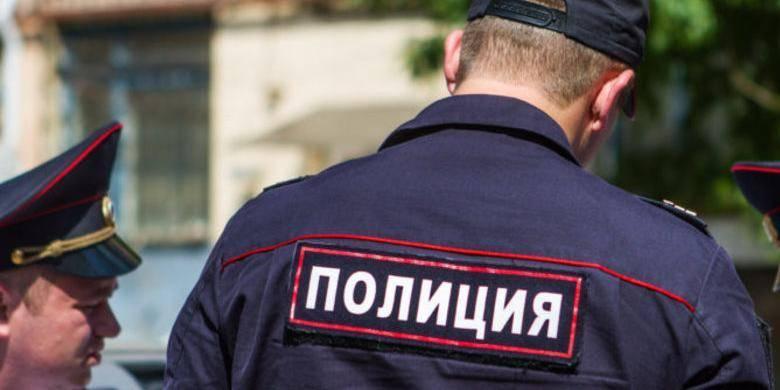 Саратовские полицейские украли у трупа все деньги с карты: фото и иллюстрации