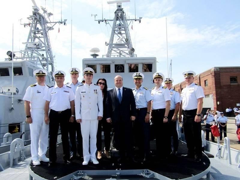 Военные моряки Украины прошли обучение на базе США: фото и иллюстрации