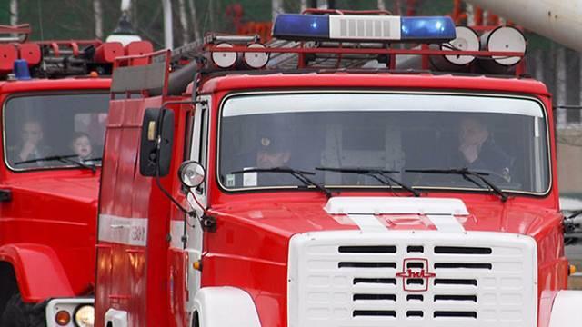 Кровля частного дома обрушилась в результате пожара в Волгограде: фото и иллюстрации