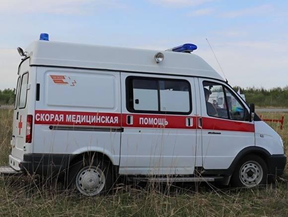 На трассе в Зауралье пьяный водитель спровоцировал ДТП, в котором пострадали три человека: фото и иллюстрации