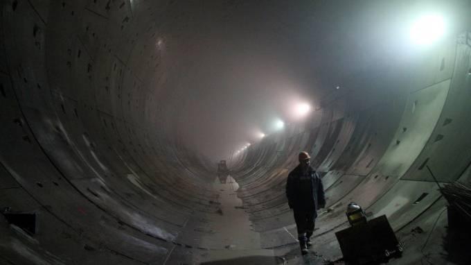 """Рабочие продолжили 1,5 километра """"коричневой"""" линии метро: фото и иллюстрации"""